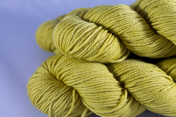 Non-Superwash Worsted Merino Wool, Buttercup Color way, Gold Worsted Merino Yarn.