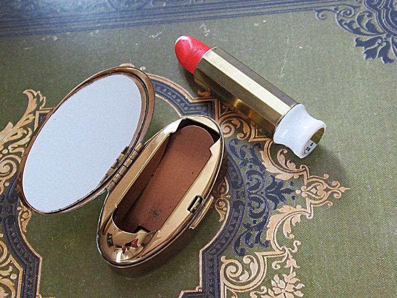 Gorgeous Max Factor ~\u201cRed on Red\u201d ~.~ Lipstick Pop-Up Tube~ Mother of Pearl Inlay Top Container Made in ENGLAND