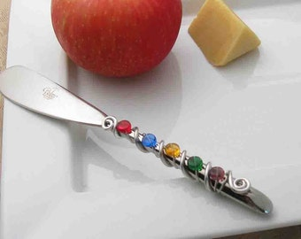 Hand wire wrapped and beaded spreader knife - bold