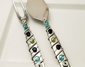 2 pc cheese knife set - Hand wire wrapped and beaded - mod