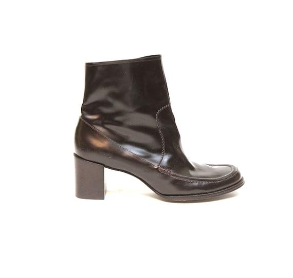 Vintage Ladies Beatle Boots size 10