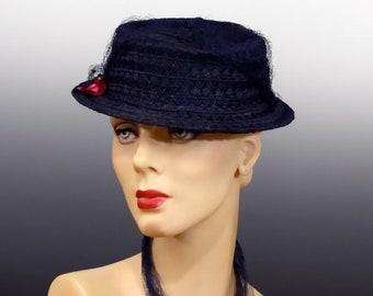 354bcda7e1fc7a Women's Vintage Tilt Hat Boater 1940's Navy Blue Straw with Long Tulle  Netting