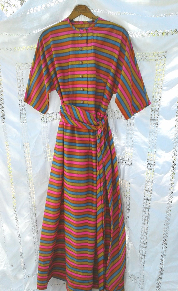 KEYLOUN Dress * 1960s 1970s * Awesomeness Multi Co