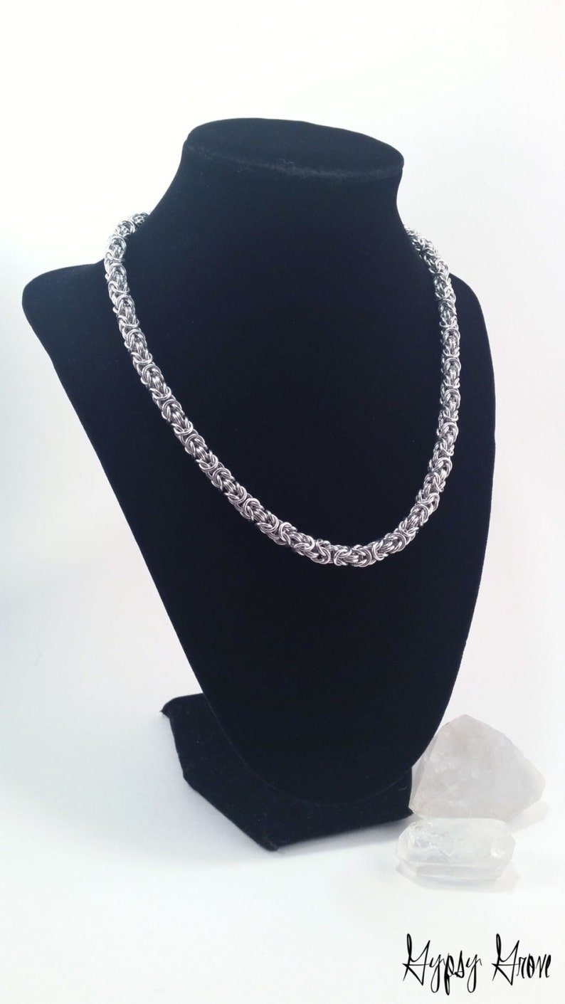 Classic Unisex Byzantine Chainmaille Necklace image 0