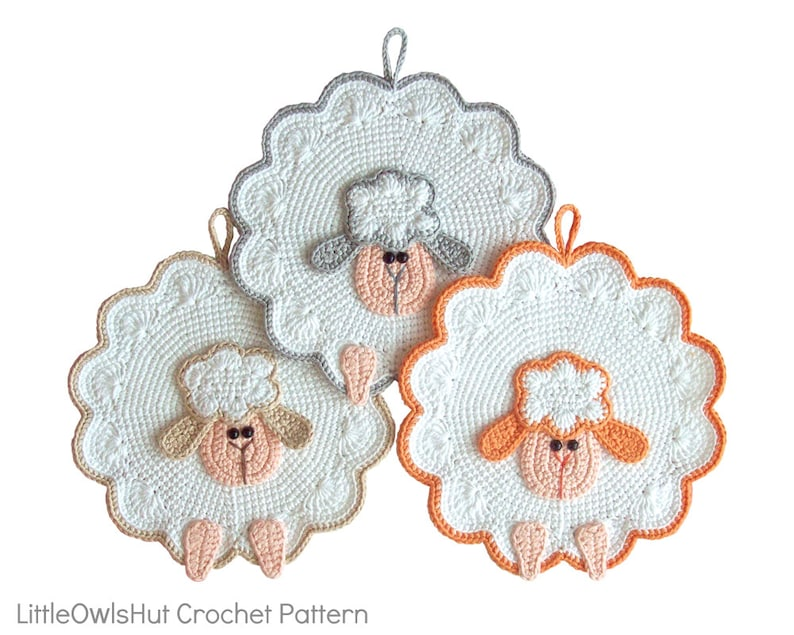 053 Crochet Pattern  Sheep decor potholder or small pillow  image 0