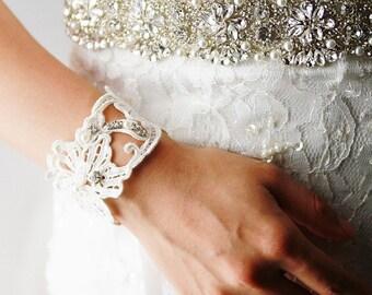 Bridal Bracelet Wedding Cuff Wedding Bracelet - Vintage Lace Bracelet Ivory Lace Cuff - Bohemian Wedding Rustic Wedding Floral Bracelet
