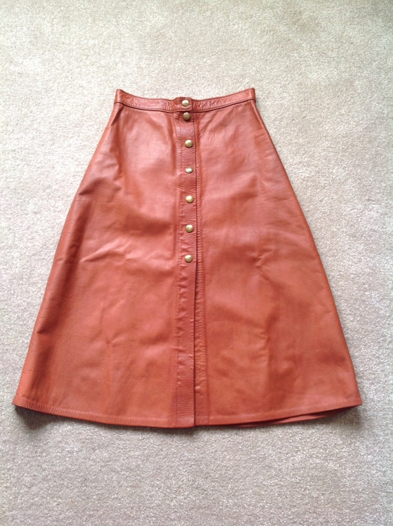 Leather A line skirt, small, rusty brown, riveted