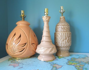 Brutalist Pottery Lamp // Vintage Mid Century Modern Brown Glazed Pottery Table Lamp Hollywood Regency Contemporary Decor Bedside Mod