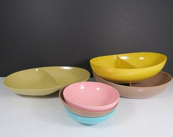 Vintage Melamine Bowls Lot // Mismatched Set of Colorful Melmac Serving Dishes Casual Camping Dishes Gift Set Brown Pink Teal Yellow