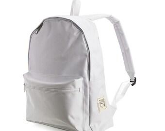 40% off-SMART Backpack (White) 36->21.6