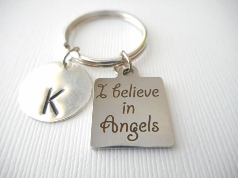 loved one Grieving I believe in Angels -Initial Keychain Family Loss Sympathy Funeral Gift daughter