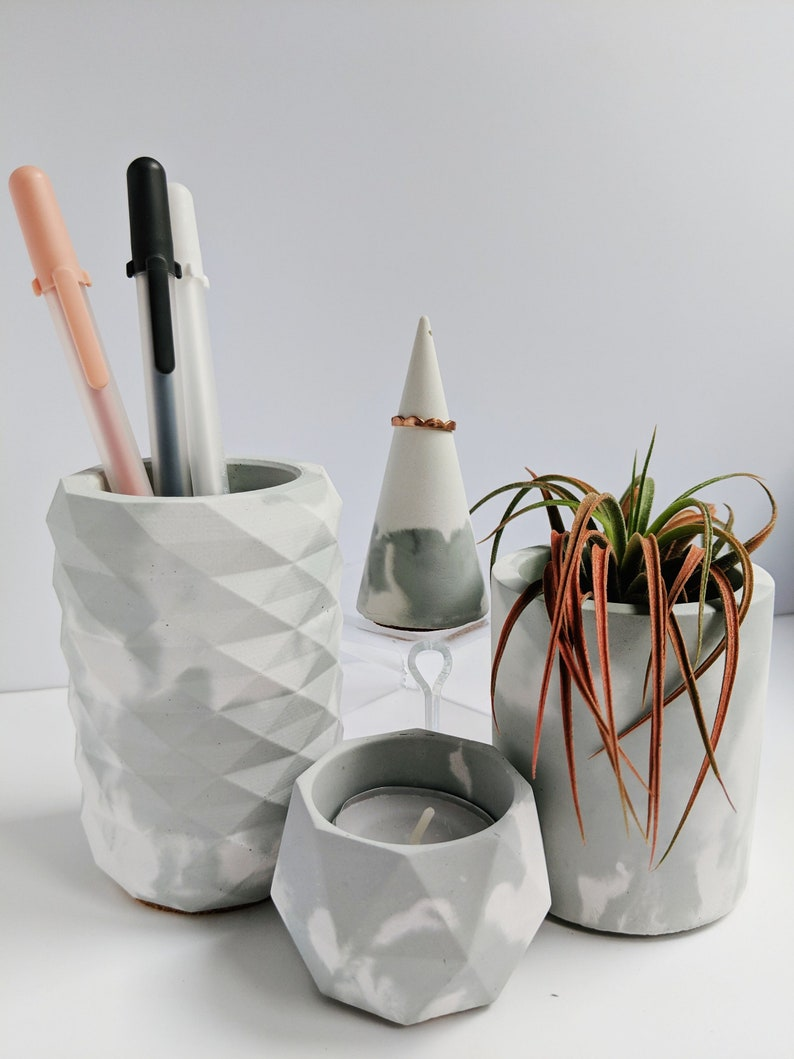 Sage Marbled Concrete Desk Organizer Set. Concrete Dishes for image 0