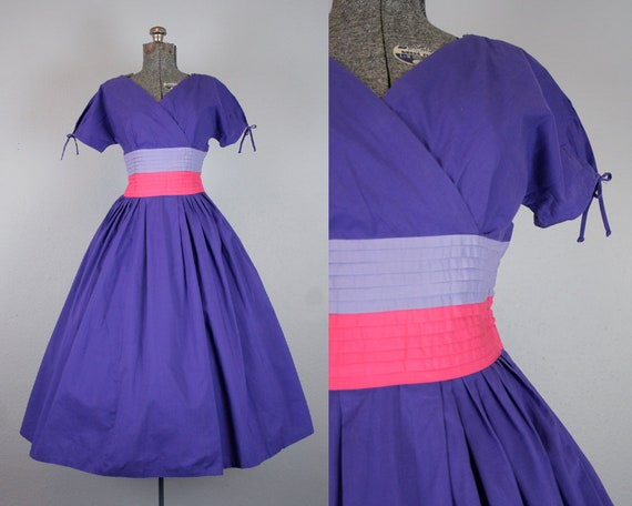 1950's Purple and Pink Cotton Day Dress / Size Sma
