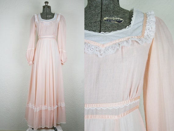 1970's Pale Pink Gunne Sax Maxi Dress / Size Small