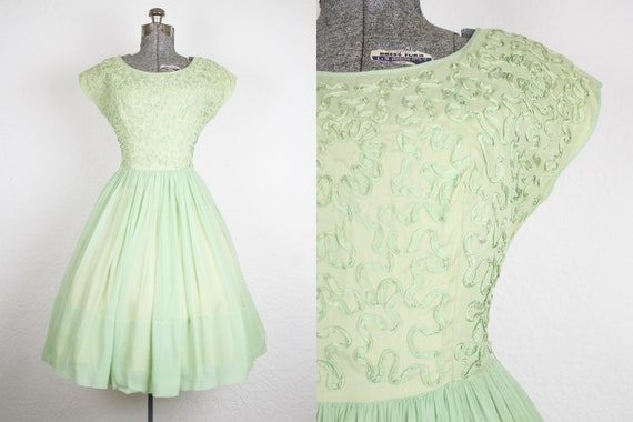 1950's Green Chiffon Party Dress / Size Small