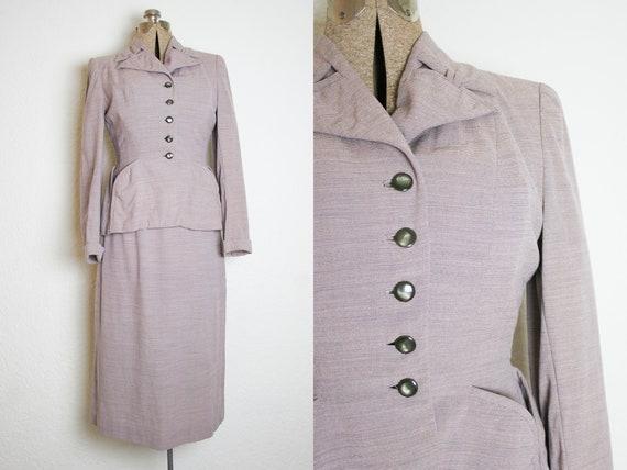 1940's Dusty Pink Pin Stripe 2 Piece Suit / Size S