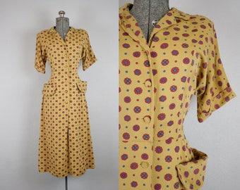 1940's Mustard Print Cotton Rayon Day Dress / Size Medium