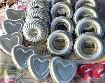 Valentines Day Cake Jello Mold Aluminum Hearts Heart Shaped Pans Country Kitchen Vintage Bakeware 1960s Aluminum Heart Pans Tart Tin