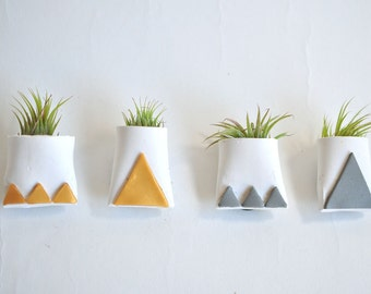 Magnetic Mini Air Plant Planter White with Metallic Gold and Silver Triangles, Plant not included