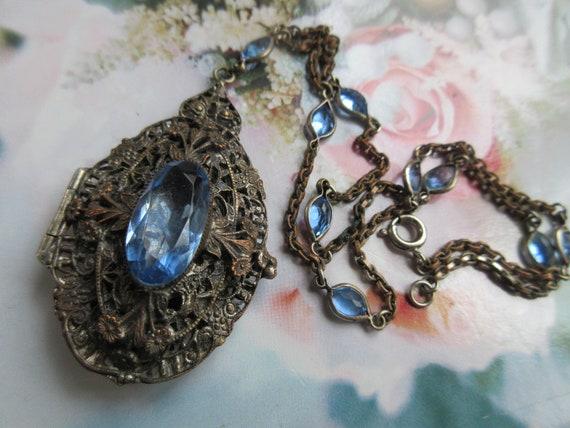 Vintage 30s Czech Locket Necklace with Open Back C