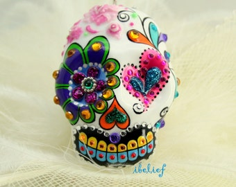 White skull rose love in a-day is the day of the dead pendant P0007