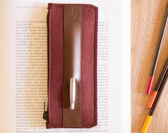 Felt and leather PENCIL CASE / sunglasses case / pen holder / burgundy case / wool felt / handmade / made in Italy