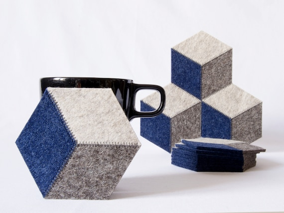 Set of grey and blue felt coasters / wool felt coasters / geometric coasters / hexagonal coasters / wool felt / handmade / made in Italy