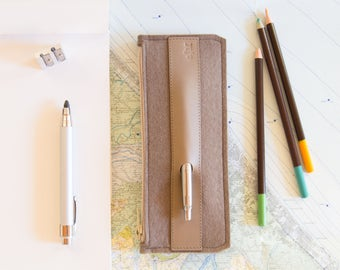 Felt and leather PENCIL CASE / sunglasses case / pen holder / taupe case / wool felt / handmade / made in Italy