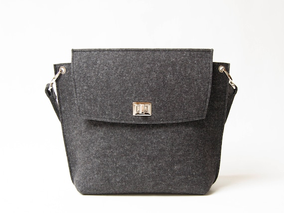 Wool Felt FLAP BAG / charcoal tote bag / charcoal bag / black bag / womens bag / felt shoulder bag / elegant bag / made in Italy
