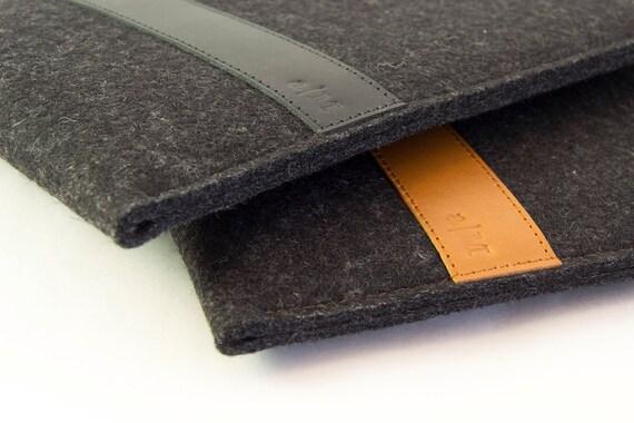 Simple IPAD MINI CASE with leather band / iPad mini sleeve / wool felt / vegetable tanned leather / handmade in Italy