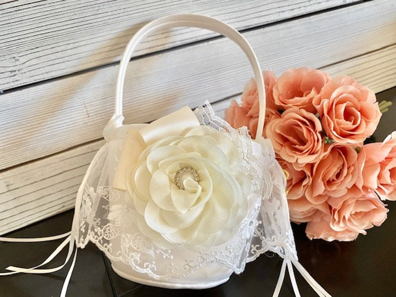 Wedding flower girl basket Personalized basket Custom image 0