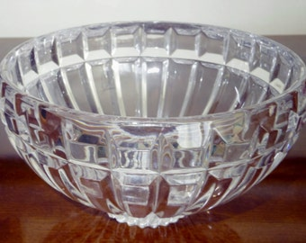 """LARGE CUT MIKASA Crystal Bowl Heavy 7 1/2"""" Round x 4 1/2"""" Tall Vertical Block Cut Fruit Centerpiece Serving Reflections Excellent Condition"""