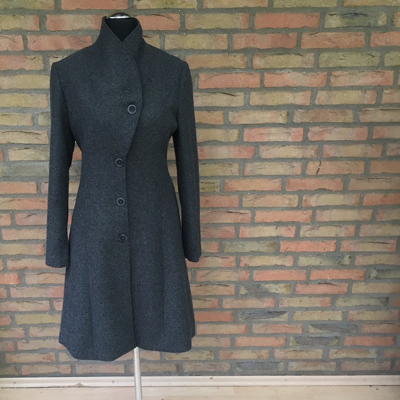 Short coat ' Gwenn ' grey coat autumn with pockets red image 0