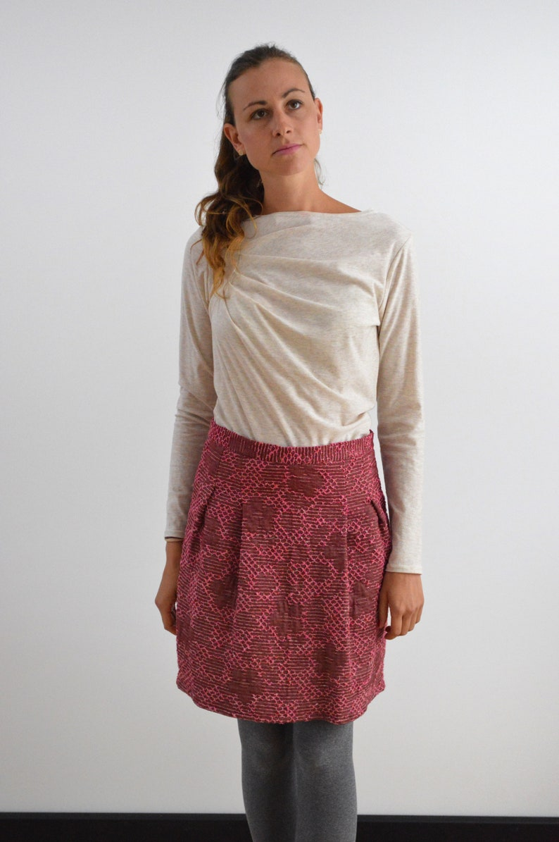 Top Abby cream with wrinkles asymmetrical shirt image 0