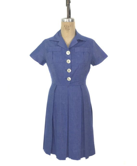 vintage 1950's cotton chambray dress / blue / larg