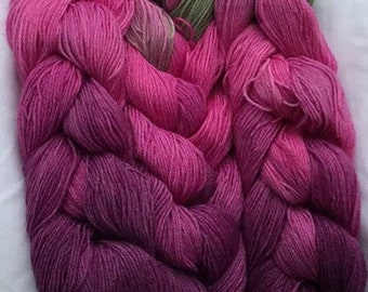 SPECIAL! English Rose Fingering Weight - repeating gradient or warp