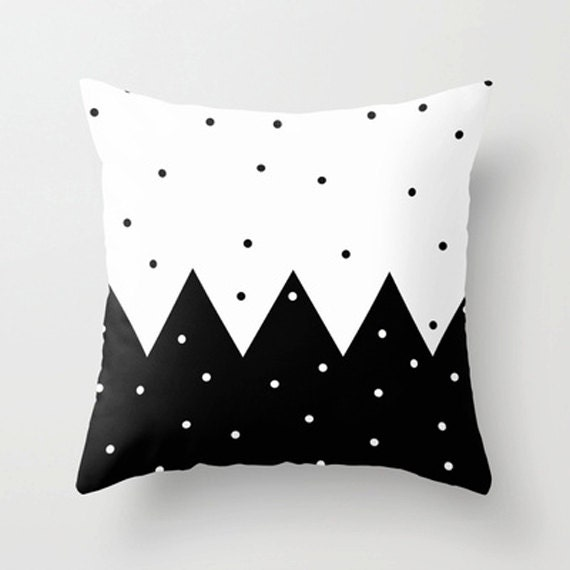 Black and white polka Pillow Cover