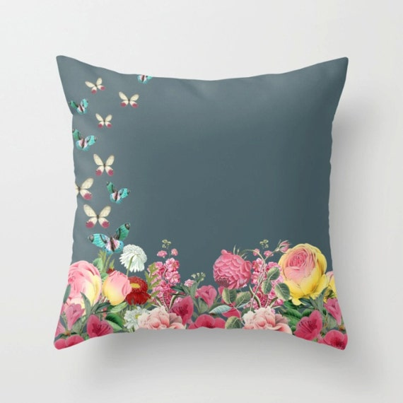 Vintage Roses Pillow Cover