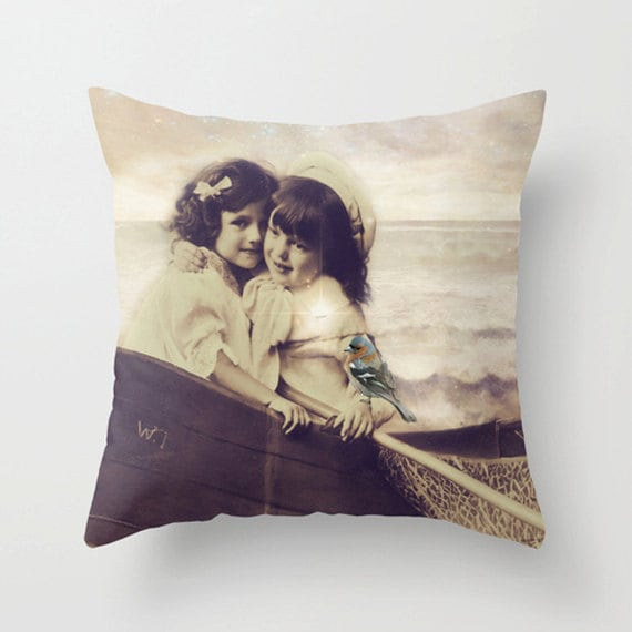 Vintage Dreaming Pillow Cover