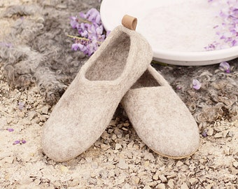 READY to SHIP size EU38.5/US womens 8 Felted wool clogs just beige - organic eco friendly cream unisex slippers - felted slippers