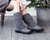 Natural dark gray men snow boots - felted men winter boots