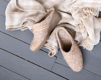 Felted wool wedges beige with ribbon - women mules - organic wool shoes - felted mules