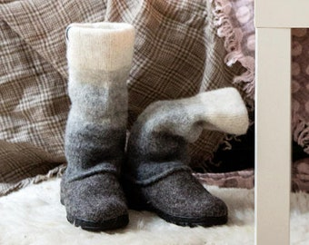 Ombre wool felted women snow boots