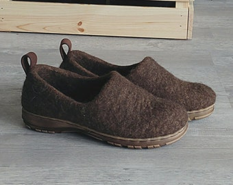 Felted wool shoes with rubber soles - organic wool booties - warm Winter wool clogs