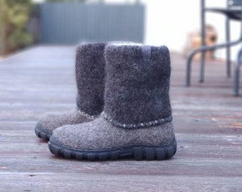 READY to SHIP in size EU 44/ us mens 10.5 Handmade felt boots dark gray - shoes for men - boots for men - Felt Shoes - Ankle Boots
