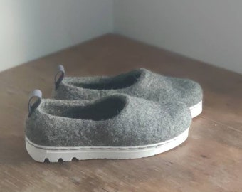 READY to SHIP size EU38/Us womens 7.5 Sporty sneaker sole felted shoes for women in grey wool