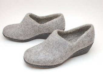 Women's Grey Ankle Boots with Heel felted