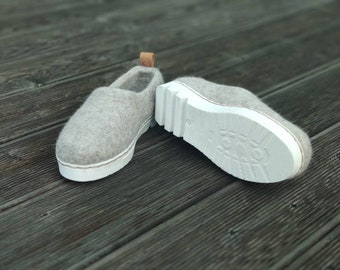 Sporty sneaker sole felted shoes for women