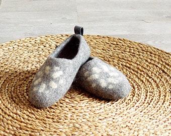 Felted wool clogs grey Lithuanian Star - handmade organic wool felt slippers - all sizes made to order