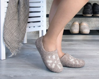 Felted wool clogs cappuccino Lithuanian Star - handmade organic wool felt slippers - all sizes made to order